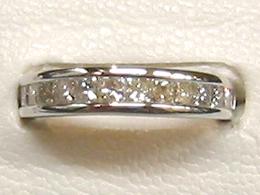 WG18 ダイヤリング